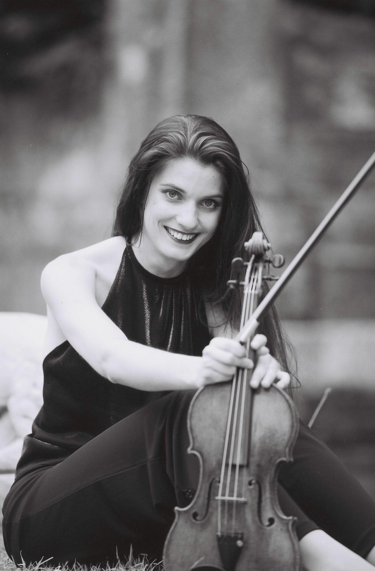 Christine Maria Höller - Geigerin Salzburg